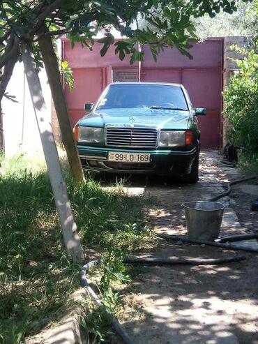 - Azərbaycan: Mercedes-Benz E-Class 2 l. 1991 | 500000 km
