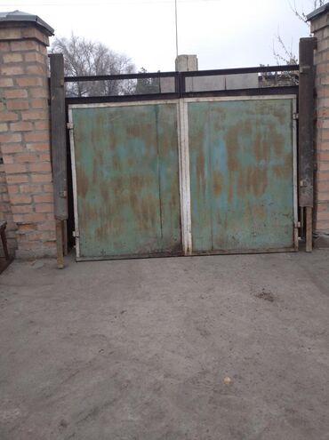 ворота на гараж в Кыргызстан: Ворота гаражные. Размер 2.6*1.8 СССР