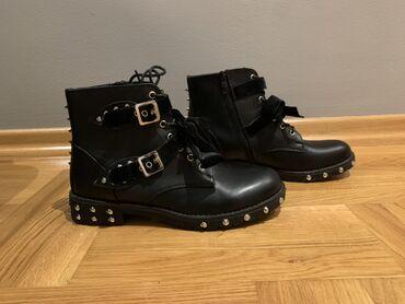 Crne čizme eko koža, broj 40,gaziste 26 cm, NOVO. Nikad nosene