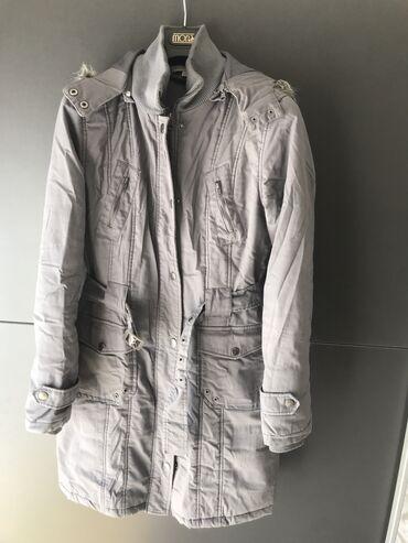Zimska jakna - Srbija: Nova zimska siva jakna M velicine. Prelepa, nenosena. Jako lepo stoji