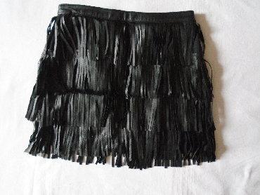 Nju jorkeru - Srbija: Zara kožna suknjica sa resama. Od eko kože je ali vrlo slična pravoj