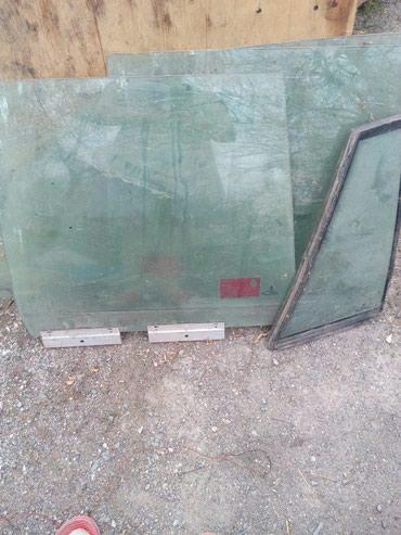 Продаю стёкла для БМВ 525,34 кузов,осталось правое заднее и форточка в Бишкек