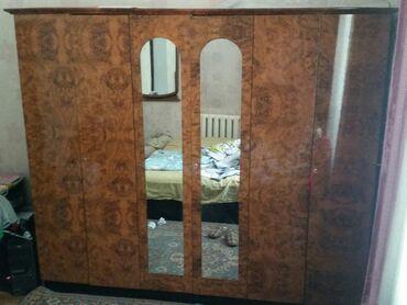 Продаю б/у спальный гарнитур 18т.сом, 2-х спальная кровать, шифоньер