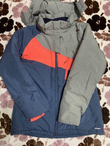 куртки для новорожденных в Кыргызстан: Женский горнолыжный зимний костюм. В отличном состоянии. Куртка с отст