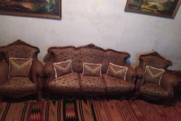 мягкая мебель - Azərbaycan: Мягкая мебель:Диван+ 2кресло Арабская б/у в хорошем состояние,с
