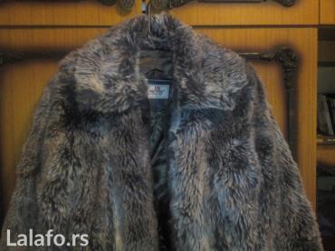 Zimska jakna veličina M. Veštačko krzno , slabo je nošena, - Mladenovac