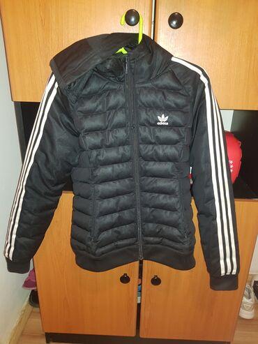 Adidas original zenska jakna,kao nova,malo nosena