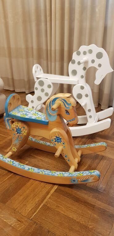 Деревянные лошадки лучший подарок для Вашего ребёнка