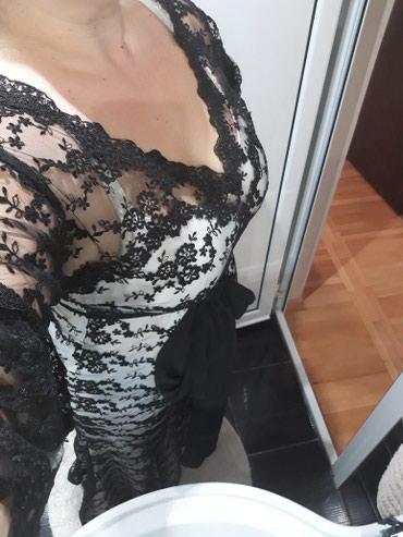Unikatna haljina sa cipkom, duga, pozadi ima rep koji se vuce, kao i - Valjevo