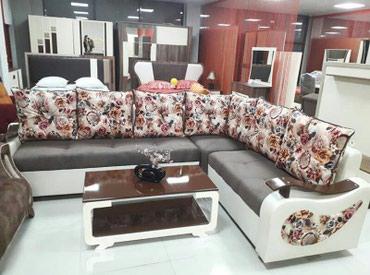 Bakı şəhərində Kunc divan,Fabrik istehsali, olcu 210x280, acilan model deyil.