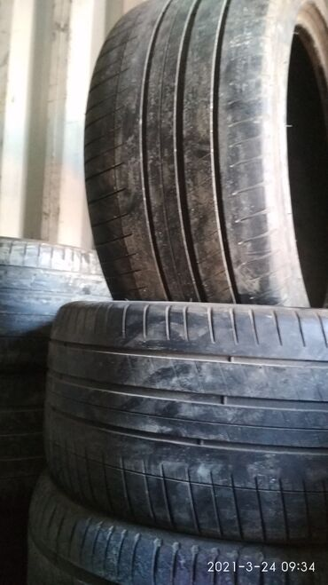 285/35-R20 привозной Европа фирма Michelin состояние отличное цена за