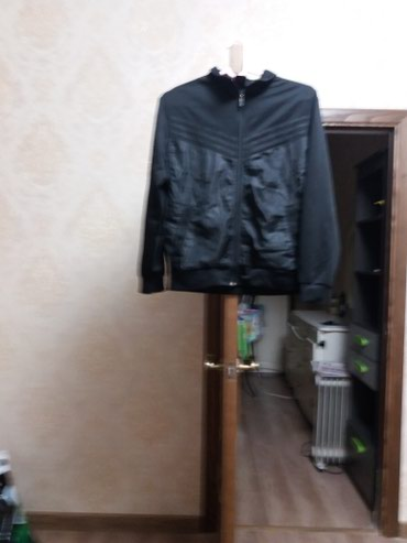 Продаю куртку в Бишкек