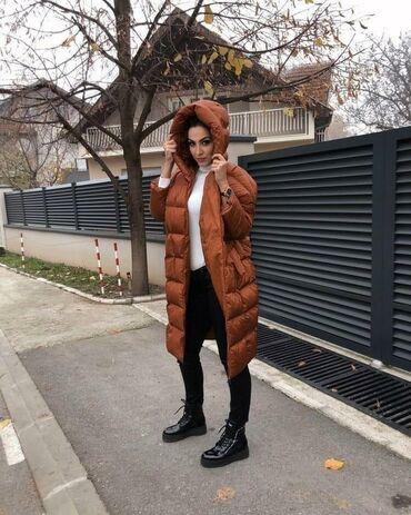 Prelepa topla jakna ne promočiva punjena debelom vunom