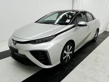 Bakı şəhərində Toyota 2018