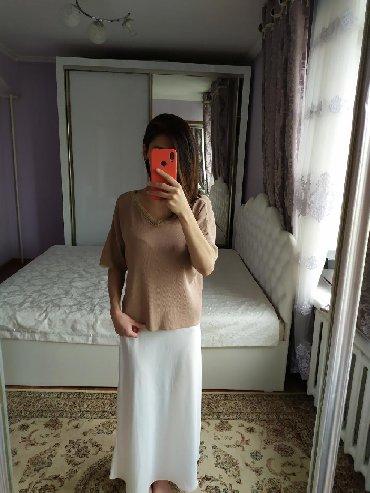 Летняя юбка миди, размер S/M. Цена 700 сом. Кофта размер s/m. Цена 400