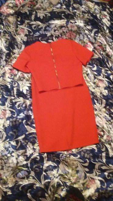 Прадаю платья не дорого просто висят в в Бишкек