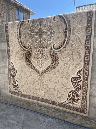 185 объявлений: Продаю ковёр турецкий. размер 2х3м, в отличном состоянии