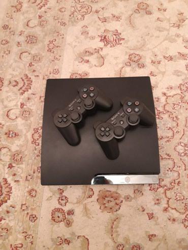 Bakı şəhərində Playstation 3 Slim..Hecbir problemi yoxdu..Donmasi, Qizmasi