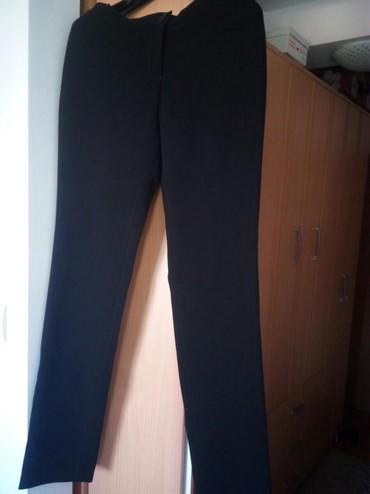 Pantalone-jako - Srbija: Jako lepe,elegantne pantalone marke Mona. Ravnog kroja, lep materijal
