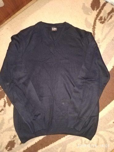 Продам свитер на весну- осень. Новый. размер М. Турция. в Бишкек