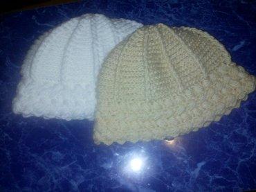 Zenska kapa,rucni rad. Izuzetno topla,duple niti - Sokobanja
