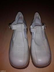 Bez cipele - Srbija: Ocuvane cipele u bez boji broj 38 za malo vece curice