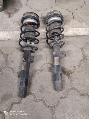 БМВ Е90 передние амортизаторы в сборе