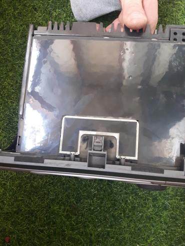 Электроника - Лебединовка: Рабочий магнитофон родной на Honda fit. Возможен торг