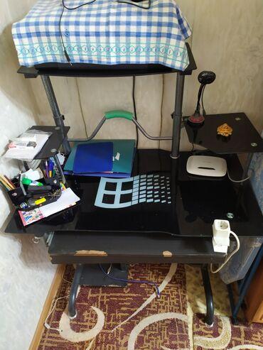 9 объявлений: Продам компьютерный стол.находится в г.Чолпон-Ата