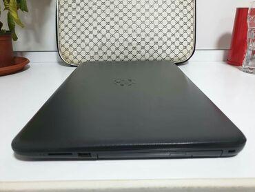 Elektronika - Paracin: Laptop +poklon torba