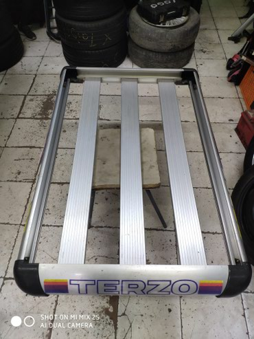Экспедиционный багажник Terzo.Размеры 130*80см. Прочные. Оригинал