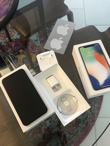 Apple iPhone X 256GB  Продајем прекрасан Аппле иПхоне Кс 256ГБ - Beograd