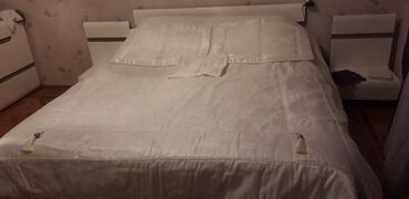 audoy 80 - Azərbaycan: Продается покрывал в коплекте наволочки для подушки . Цена 80 манат