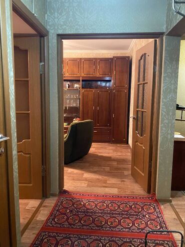 Долгосрочная аренда квартир - 3 комнаты - Бишкек: 3 комнаты, 65 кв. м С мебелью