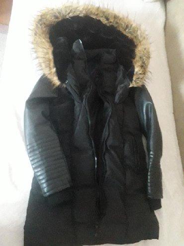 Kozna jakna sa krznom - Srbija: Kvalitetna monton jakna dobijena iz Kanade. Pretopla, nosena ovu