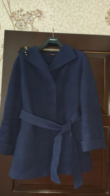 Продается пальто! Состояние хорошее! Размер:42 Турция Цена:3000