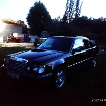 Транспорт - Раздольное: Mercedes-Benz W124 2.3 л. 1990
