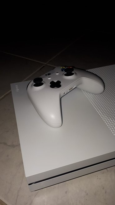 XBOX ONE S σε Αθήνα