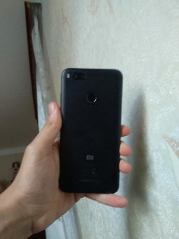 xiaomi-mi-a1 в Азербайджан: Б/у Xiaomi Mi A1 32 ГБ Черный