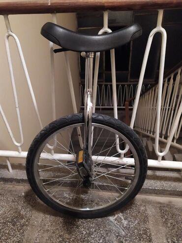 Prodajem monocikl (bicikl sa jednim točkom) Beograd lično