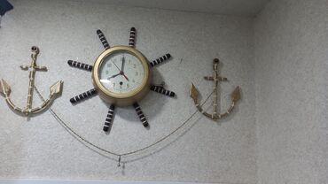 Антикварные часы - Азербайджан: Qedmi el işi gemi saatı.Korpusu bronza.Tam işlek veziyyetde.Mexaniki
