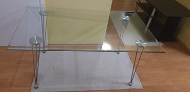 Nameštaj - Veliko Gradiste: Stakleni sto