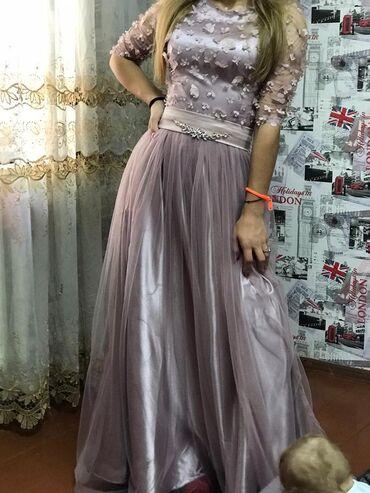 Продаю платье совершенно новое с этикеткой не раз даже не одели вообще