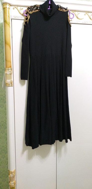 Платья теплые классно сидит По Фигуре много вещей освобождаю гардероб в Токмак