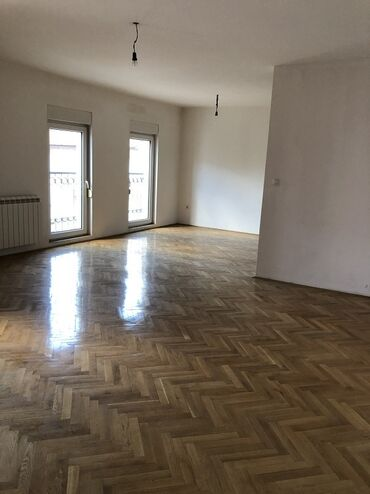 Stolarija - Srbija: Apartment for sale: 3 sobe, 70 sq. m