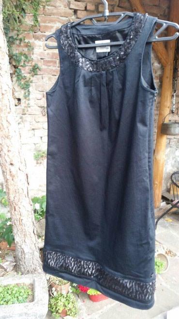 Crna haljina S Oliver, S velicina, odgovara broju 34 i 36. Stanje - Belgrade