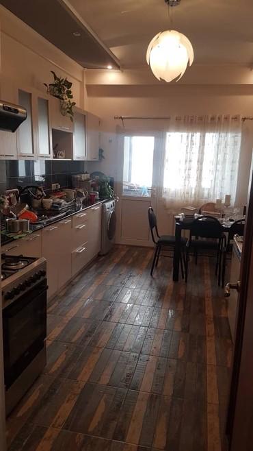 Сдается квартира: 3 комнаты, 108 кв. м., Бишкек в Бишкек