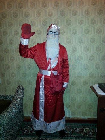 Gəncə şəhərində Santa klaus geyimi