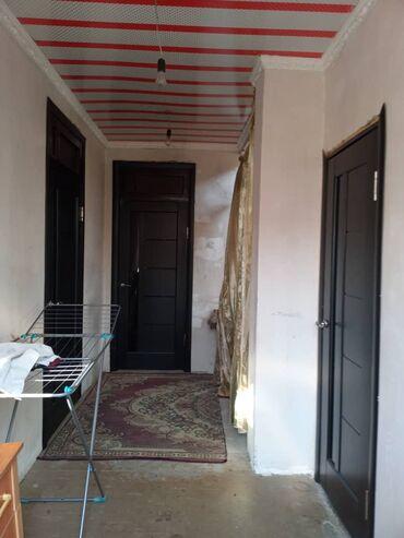 Эки этаж уй - Кыргызстан: Сатам Үй 8 кв. м, 6 бөлмө