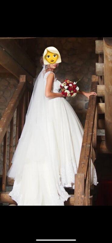 армянское свадебное платье в Кыргызстан: Продаётся свадебное платье. Очень красивое. Два цвета «Айвори с белым